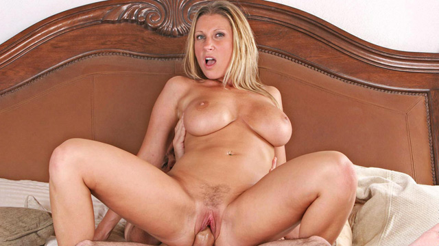 Devon Lee mature women video from Anilos
